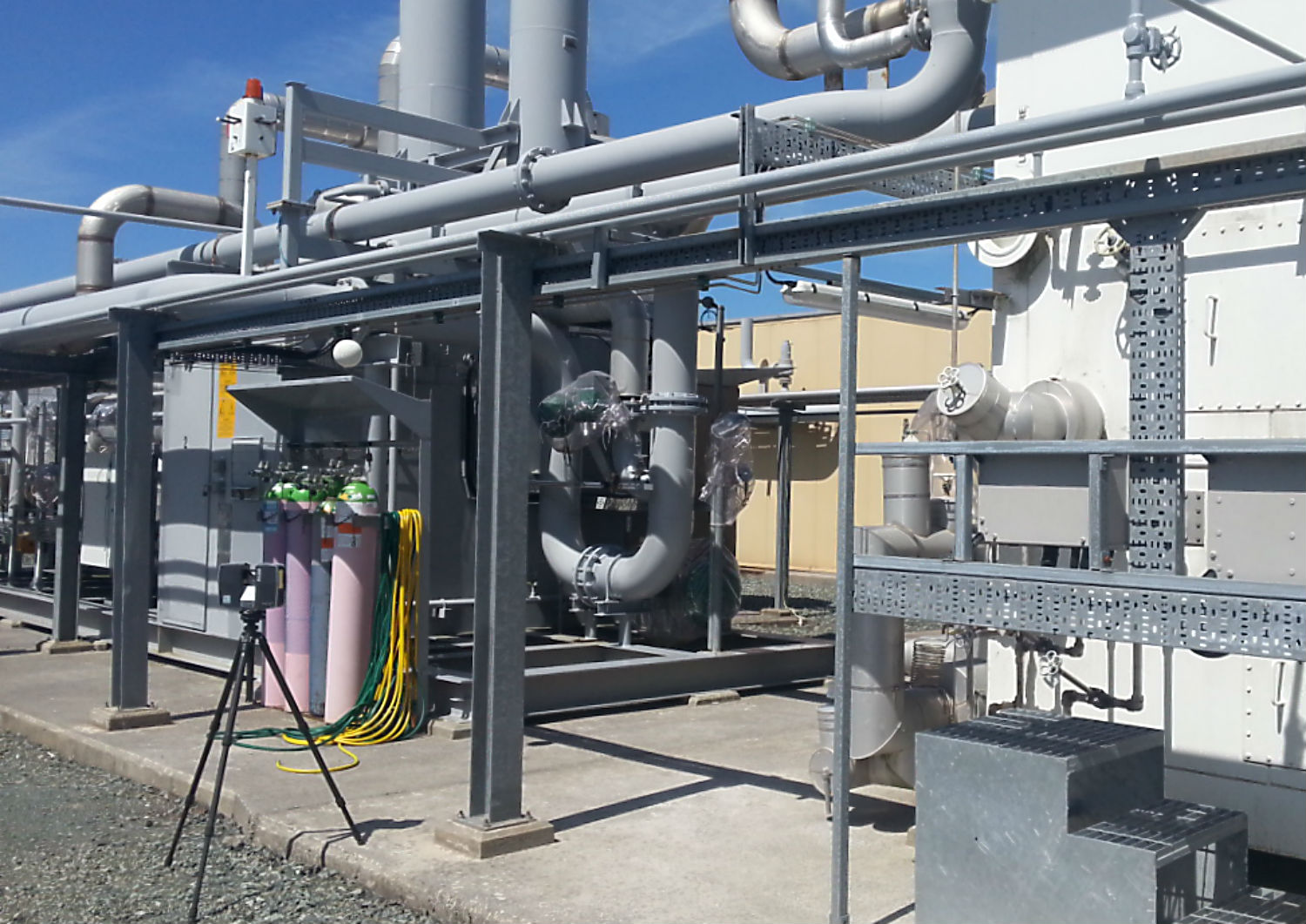 Piping layout design & mechanical engineering services to industry